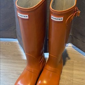 Hunter boots size 8.